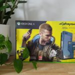 Unboxing : la Xbox One X Cyberpunk 2077 est disponible (photos maison)
